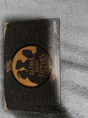 "Hocus Pocus ""Gather round sisters"" palette for Sale in Los Angeles, CA"