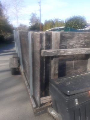 13 foot enclosed trailer with tool box attached for Sale in Grants Pass, OR