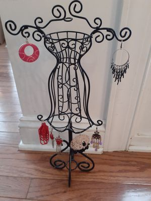 Metal earring and jewelry stand for Sale in Lake Park, NC