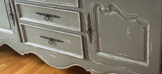French Provincial Dresser for Sale in Fair Haven,  NJ