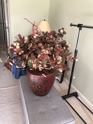 Large Faux Plant Home Decoration Large Vase for Sale in Frederick, MD