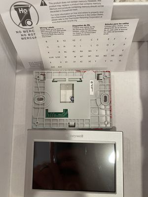Honeywell RTH9580WF Thermostat for Sale in Gig Harbor, WA