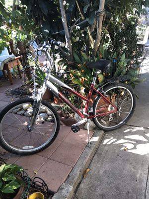Specialized expedition mountain bike for Sale in Rancho Cucamonga, CA