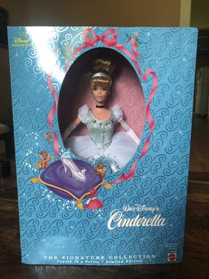 Limited Edition Disney's Cinderella for Sale in Georgetown, TX