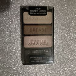 Eyeshadow for Sale in Chino Hills,  CA