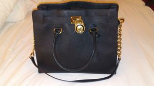 Michael Kors Hamilton Large Black Gold Saffiano Leather Bag for Sale in Anaheim, CA