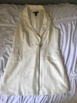INC (Macy's) sleeveless blazer jacket for Sale in Woodridge, IL