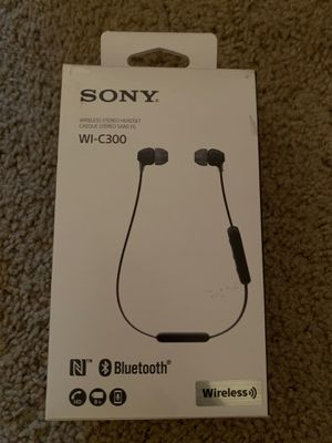 Headphones wireless Sony for Sale in Orlando, FL