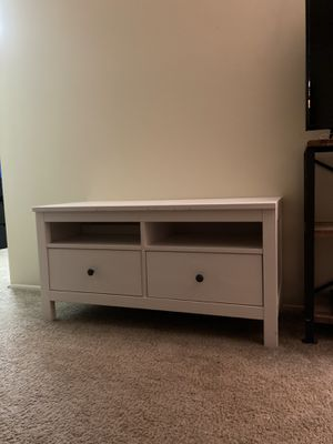 Gorgeous White Wood Coffee Table/tv stand/night table for Sale in Renton, WA