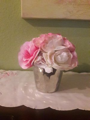 Beautiful Artificial flowers for Sale in Fresno, CA