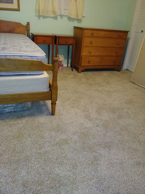 Very nice vintage Bedroom Set. Bed with mattress, dresser, 2 bed side tables, mirror ( not pictured). Pet free smoke free home. for Sale in Tulsa, OK