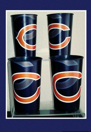CHICAGO BEARS 4 PIECE CUP SET for Sale in Las Vegas, NV