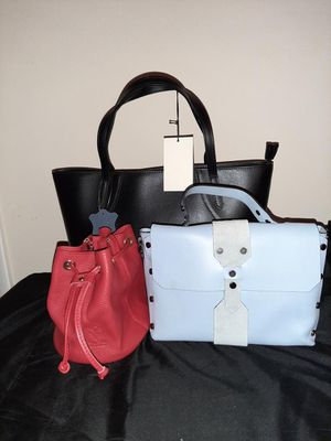 Italian leather hand bag bundle for Sale in UPR MARLBORO, MD