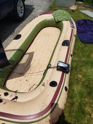 Solstice 8 person raft for Sale in Tacoma, WA