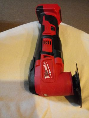 Milwaukee 18 volt multi tool for Sale in University Park, IL