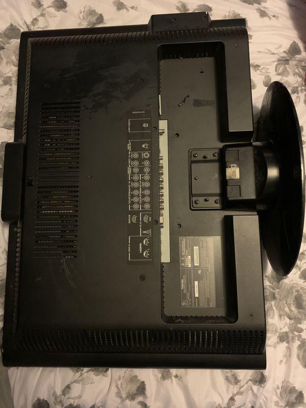 "Toshiba and Insignia 40"" TV's"