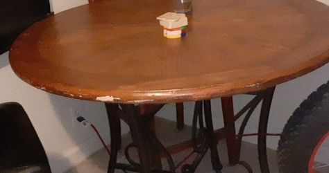 Wood Table for Sale in Fresno,  CA