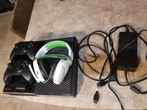 Xbox One+ accessories for Sale in Pflugerville, TX