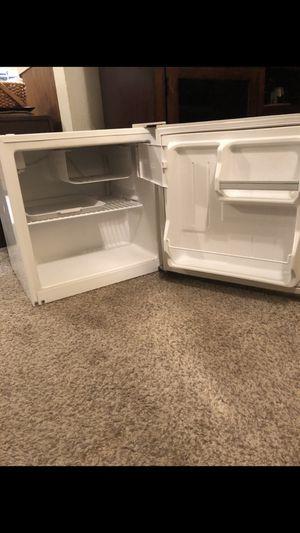 Haier 1.7 Cu Ft Mini Refrigerator for Sale in Tulsa, OK
