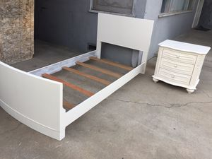Twin bed frame come with one night stand in good condition for Sale in Fresno, CA