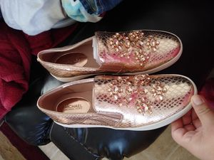 Michael kors shoes for Sale in Houston, TX