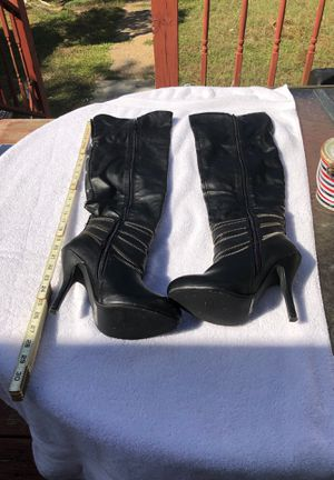 SHI by Journeys thigh high boots size 9 for Sale in Lehigh Acres, FL