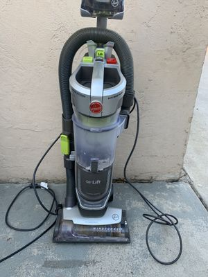 Hoover vacuum for Sale in Chula Vista, CA