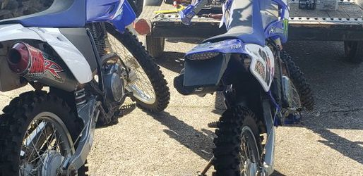 2 Yamaha TRR DIRT BIKES AND TRAILER for Sale in Troutdale,  OR