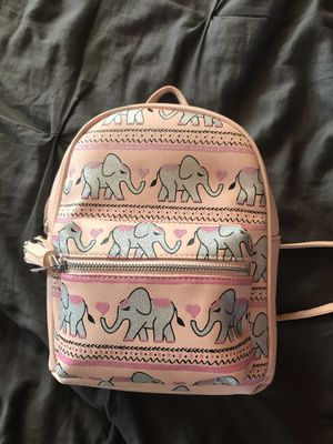 Elephant back pack/ purse for Sale in Lacon, IL