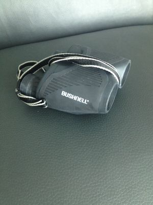 Binocular Bushnell. 8-30. Like new. for Sale in North Miami, FL