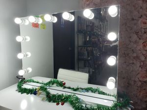 💋💄34x26 in Tabletop & Wall Mount Hollywood Vanity Mirror White w/ Lights 💋💄 for Sale in Ontario, CA