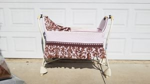 Free Baby Bassinet for Sale in Irvine, CA