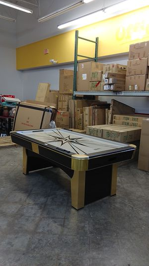Air hockey table for Sale in Pomona, CA