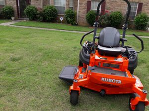 Kubota 411 series zero turn mower for Sale in Jonesboro, GA