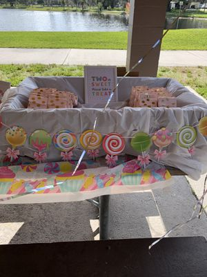 """""""Two"""" Sweet Party Supplies for Sale in Zephyrhills, FL"""