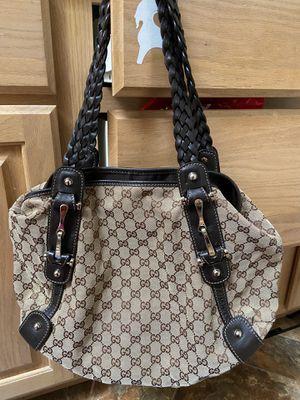 Gucci tote bag for Sale in Savannah, TN