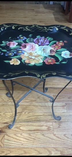 Table for Sale in Farmington Hills,  MI
