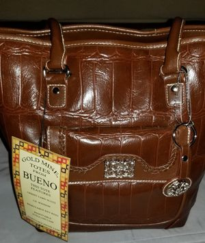 Gold Mine Totes From BUENO for Sale in Clovis, CA