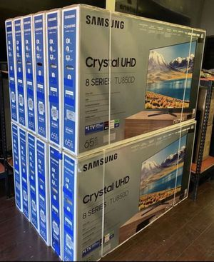 "65"" Samsung smart 4K crystal led hdr tv for Sale in Pomona, CA"
