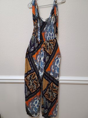 H&M tie sleeve jumpsuit for Sale in Columbia, MD