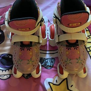 Kids Roller Skates Size 11/12 for Sale in Downey, CA