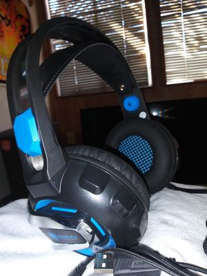Gameing headphones headset for Sale in Palo Alto, CA