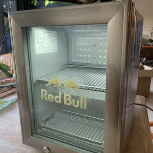 Red Bull The Style Mini Fridge New in Box for Sale in Port St. Lucie, FL