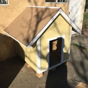 Dog House for Sale in Riverside, CA