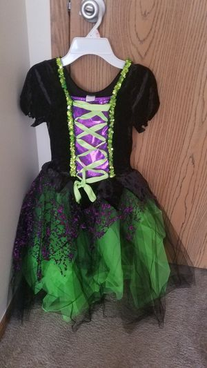 Witch Halloween costume for Sale in Dublin, OH