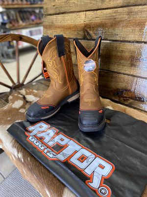 Men's work boots/ for Sale in Houston, TX