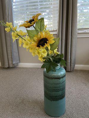 Floor vase for Sale in Alpharetta, GA