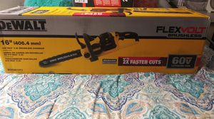 "DeWalt 16"" chainsaw for Sale in Tampa, FL"