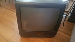 Panasonic VCR TV and wall mount for Sale in Norwalk, CA