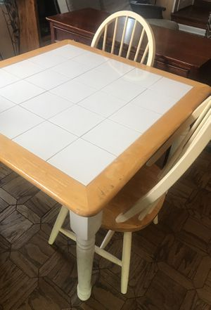 Small kitchen table with 2 chairs for Sale in Aldan, PA